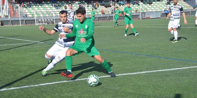 Un práctico Atarfe suma su tercera victoria consecutiva, 2-0