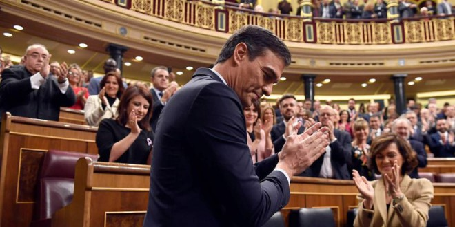Pedro Sánchez logra la investidura y formará el primer Gobierno de coalición de la democracia