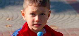 4 maneras efectivas de corregir a un niño irrespetuoso