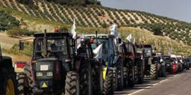 El Ayuntamiento de Granada aconseja a los granadinos no coger el coche el próximo miércoles: «Va a ser una jornada negra»