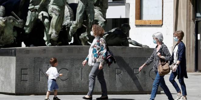 El uso obligatorio de la mascarilla costará más de 100 euros al mes por familia