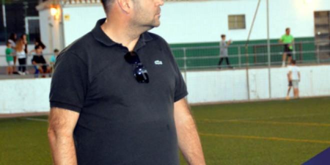 ATARFE INDUSTRIAL: Manolo Rojas renueva como entrenador del Atarfe Industrial