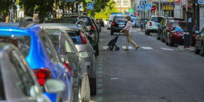 Subir el precio de aparcar en la calle para ganar espacio público