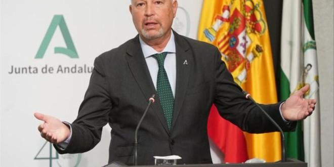 Inédita denuncia pública de inspectores de Educación en Sevilla ante la «insólita acumulación de ceses»