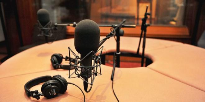 27 radios municipales andaluzas mantienen su gestión en manos privadas
