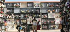 Del agua propia a las entradas escalonadas: ¿qué podrás hacer y qué no en los cementerios?