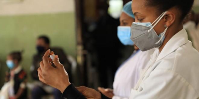 Objetivo: 2.000 millones de vacunas contra la covid-19 para todo el mundo