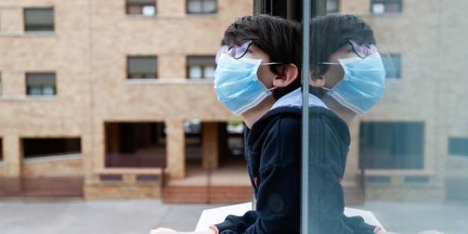 Cómo hay que tener recogidas las mascarillas en la entrada de casa, según Boticaria García
