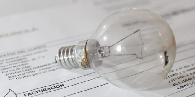 Precio de la electricidad: ¿Por qué está subiendo? ¿A qué consumidores afecta?