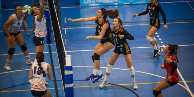El CDU Atarfe regresa a la senda de la victoria tras derrotar a Mintonette en Superliga-2, 3-1