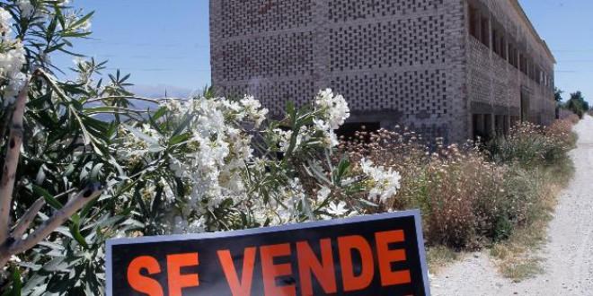 La Vega de Granada pierde la mitad de sus 1.200 secaderos de tabaco
