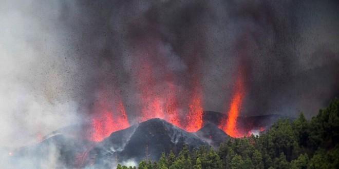 Las claves del volcán de Cumbre Vieja: ¿Por qué se ha producido esta erupción en La Palma? ¿Cuánto puede durar?