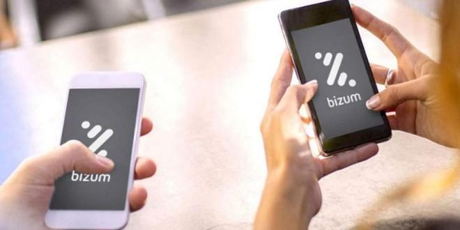 FACUA alerta de una nueva estafa por WhatsApp y Bizum que busca robar 50 euros a las víctimas